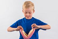 15 - ارتقاء سلامت دهان و دندان در دوران مدرسه