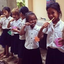 6 7 - ارتقاء سلامت دهان و دندان در دوران مدرسه
