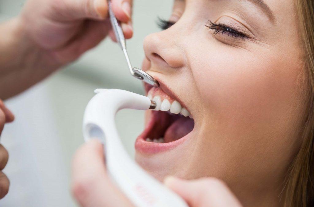 1 1024x675 - پروفیلاکسی یا پیشگیری از بروز مشکلات دندانپزشکی