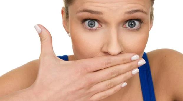 5 1 - چگونه می توان از شر بوی بد دهان خلاص شد؟