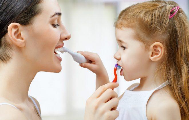 5 660x420 - نقش دندان در دستگاه گوارش کودکان