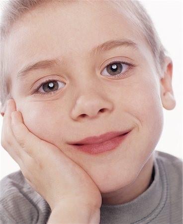 16 - مشکل عدم تقارن صورت و درمان آن با ارتودنسی