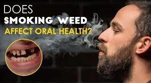 1 - سیگار کشیدن چه تأثیرات منفی روی دهان و دندان ها دارد؟